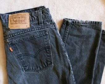 MOM JEANS // Vintage 90s Levis Jeans High Waisted Tapered Fit Womens Large 31 x 30 1990s Black Denim Pants Streetwear Normcore