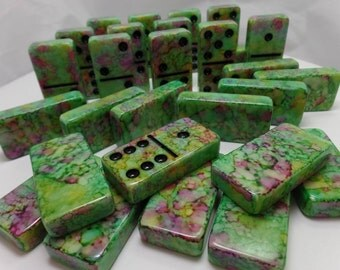 Dominoes 'Pistachio w/ Smashed Berries' Hand Painted 28 Piece Deluxe Professional Size Double Six Domino Set in veneer case with latch, inks