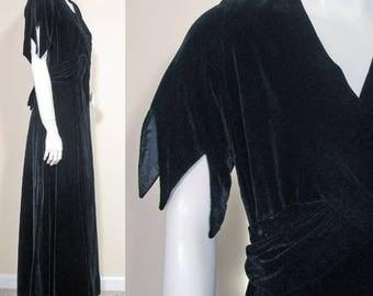 1930s Vintage Black Lace Evening Dress SZ M