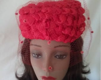 Vintage Red Pillbox Hat with Veil  B342