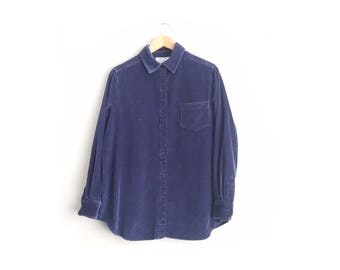 Size M/L // NAVY CORDUROY OVERSHIRT // Long Sleeve - Button-Up Shirt - Medium-weight Cotton - Oversized - Vintage '90s.