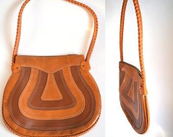 Vintage 70s Shoulder Bag // groovy vegan 1970s boho hippie purse