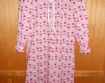 Size 6 cotton nightgown
