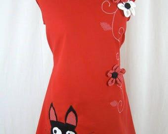 Robe Sadako rouge chat noir et fleurs en relief