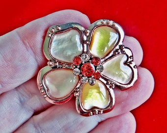 "Vintage  1.5"" rose gold tone modernist flower brooch with rhinestone accents in great condition, appears unworn"
