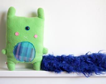 Bedoncureuil # 4 : peluche kawaii bedon polaire vert cyclope bleu