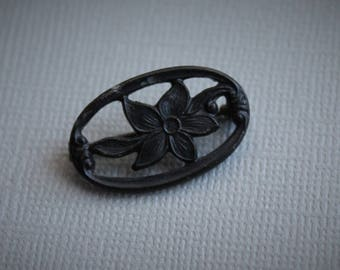 Victorian Mourning Poinsettia Brooch / Antique Mourning Jewelry