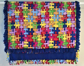 Fleece Blanket - Hand-Tied Fringe Throw - Hobbies & Games Theme - Jigsaw Puzzle Pieces