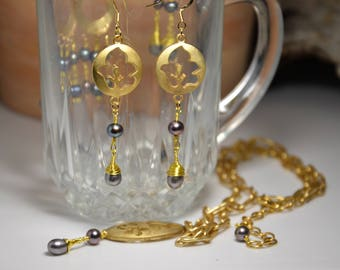 Freshwater Pearl Drop Gold Leaf Earrings Cut Brushed Gold Metal Wire Wrapped Gold Filled Hook Women Evening Out Set Mother of the Bride