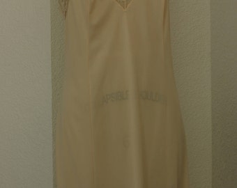 1970s Vanity Fair midi slip  beige size 36