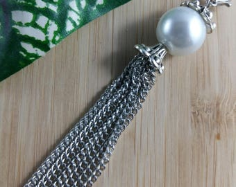 BLU by LOU PENDANT - White Pearl with Tassels