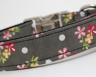 Handmade Dog Collar - Gray Bouqet with Polka Dots - Custom Made Dog Collar with white polka dots and red and pink flowers