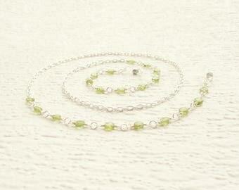 Peridot Eyeglass Chain, Green Gemstone Eyeglass Holder for Women, Peridot Gemstone Glasses Chain, Green Lanyard, Silver Reading Glass Chain