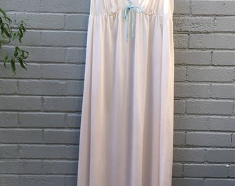 Lorraine nightgown sea foam green trim with pink flower quilted look embellishment 1980's made in USA nylon floor length silky comfy size M