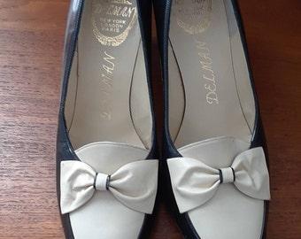 1950s Delman Spectator Pumps, Black & White, Patent Leather, Unworn, Perfect Condition, Bows, Size 8B