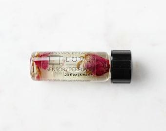 LOVE perfume SAMPLE | Sensory Perfume with Rose | 100% natural and vegan