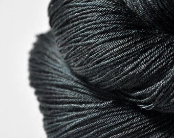 Broken Nori sheets - Merino/Silk Fingering Yarn Superwash