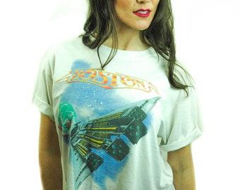 Vintage BOSTON Shirt 1987 Crop Top Concert shirt Band Tee