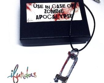 Saw Pendant Necklace, Zombie, Resin Jewelry, Zombie Apocalypse, zombie jewelry, zombie necklace, halloween, Undead, Walking Dead, weapon