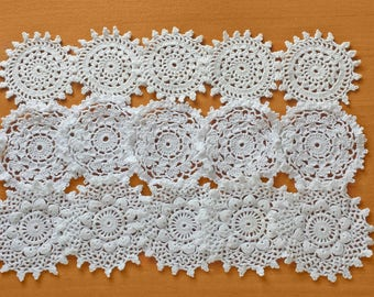 15 White Vintage Crochet Doily Medallions, Small Doilies, 2.5 to 3 inch size, Small Lace Doilies, Hand Crocheted Doilies For Crafts