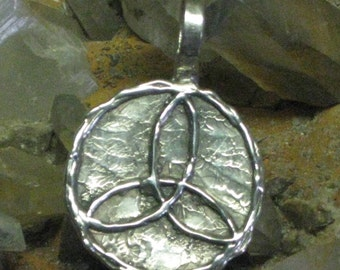 Celtic Triquetra Pendant.Celtic Trinity Symbol in Sterling Silver.Irish Jewelry Charm.Celtic Knot Charm.Wiccan Jewelry Charm