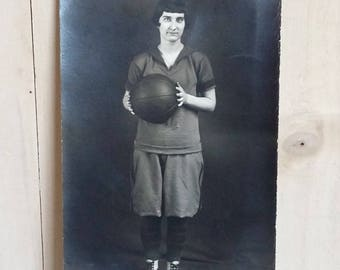 Antique Photo of Woman Basketball Player Circa 1920 Early Twentieth Century Flapper Girl Hairstyle Sports Uniform Women's Sports Images