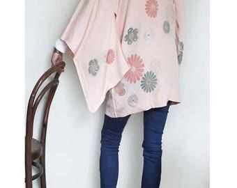 Vintage Silk Haori Jacket. Pink. Floral. Size XS/S/M