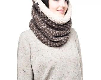 chunky knit scarf knit accessories womens scarf warm scarf wool scarf infinity scarf circle scarf