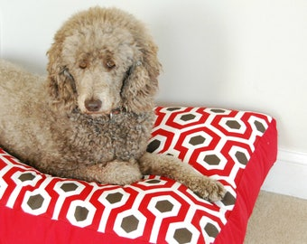 Large retro red dog bed. Waterproof midcentury modern dog bed. Tough dog washable outdoor dog bed. Red and white dog pillow. Charlie Cushion