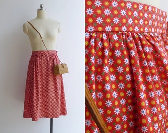 10-25% OFF Code In Shop - Vintage 80's Flower Power Red Kitschy Floral Print Cotton Skirt XS