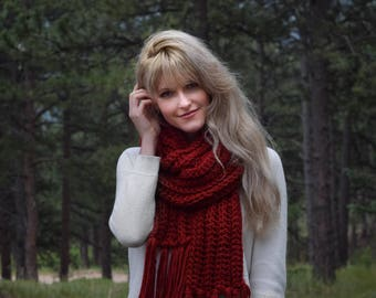 Red Knit Scarf Tassels, Chunky Knit Red Scarf / Womens Fashion Red Infinity Scarf Cowl / Red Crochet Scarf Long Fringe / Gift For Her