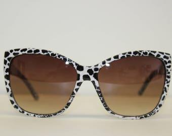 Vintage Dalmation Cow print Cateye Sunglasses-monochrome white black patterned animal-leopard-Chunky cat eye-Unworn large fashion frames