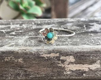 Sterling Silver Turquoise Flower Twisted Ring / Hand Forged Ring / Dainty Stacking Ring