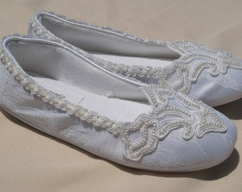 White Pearls Bridal Flats, Satin & lace Vegan Shoes trimmed with lace, pearls,Off White, White, Non Slip Slippers
