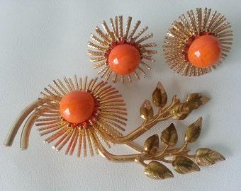 Warner Floral Spray Brooch and Screw-Clip Earrings