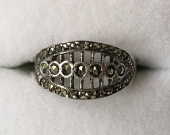 Sterling Silver Marcasite Graduated Band Ring  - US Size 5