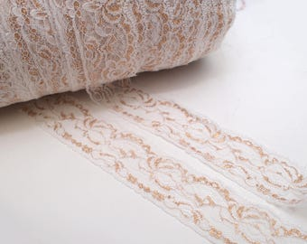 "5 Yard x (1 3/8"") - White & Gold Lace Trim"