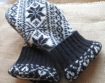 Felted Wool Sweater Mittens - Fleece-lined, Recycled, WARM Sweater Mittens, Medium Women's size - Black/White/Red Mittens