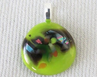 Fused glass pendant, lime green/irridescent