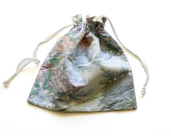 SALE || Drawstring Bag || Flowers on Green || 31cm x 31cm