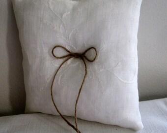 Rustic Ring Pillow, Ring Bearer Pillow, Ivory Ring Pillow, Square Ivory Pillow, Wedding Pillow, Gift Ring Pillow, Vintage Ring Pillow