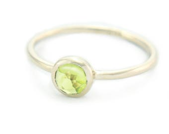 Peridot  White Gold Ring 14k Gold Rose Cut Peridot Gold Ring Made in Your Size Alternative Engagement Ring Peridot Engagement Ring