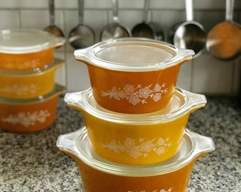 Pyrex Butterfly Gold Redesigned Complete 480 Round Casserole Set