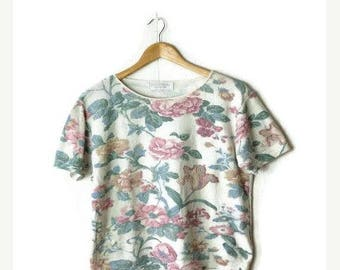ON SALE Vintage Floral Cotton blends Short sleeve top/Summer knit from 1980's*