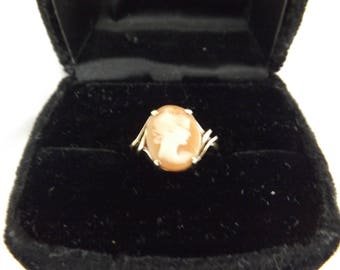 10k Yellow Gold Art Deco Vintage Cameo Ring