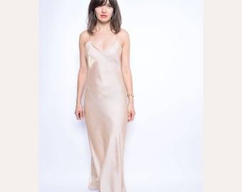 Vintage 90's Strappy Metallic Champagne Maxi Dress / Spaghetti Strap  Evening Dress - Size Medium