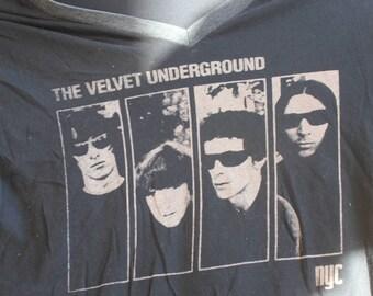 VELVET UNDERGROUND ; Large V Neck Used T shirt