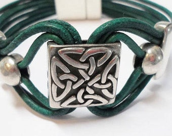 1 Large Sterling Silver Plated Slider, Hypoallergenic Trinity Celtic Knot, 13mm flat finding, bead, leather bracelet, jewelry supplies,