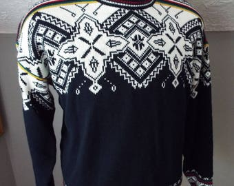 Vintage Mens Long Sleeve Sweater by Campus