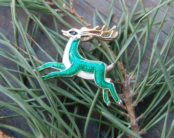 Reindeer Brooch, Christmas Jewelry, Green Reindeer Pin, Holiday Jewelry, Festive Brooch, Xmas Brooch, Xmas Pin, Small Christmas Pin
